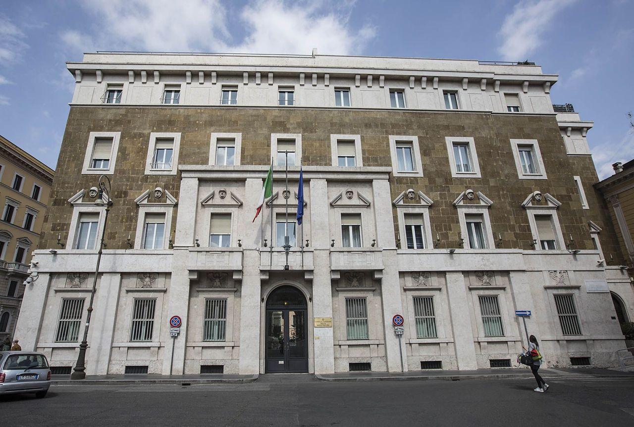 Architettura fascista a roma il palazzo del csm a piazza for Architettura fascista