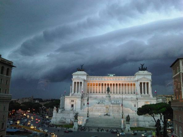 Il Vittoriano, monumento che domina Piazza Venezia, costruito nel 1911