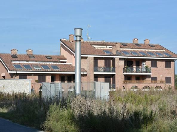 Case coop dirigente del comune si assegn la villa a met for Case costruite a prezzi accessibili