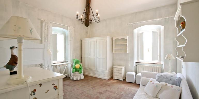 Pino daniele gli interni del casale in toscana ora in - Costo ascensore interno 2 piani ...