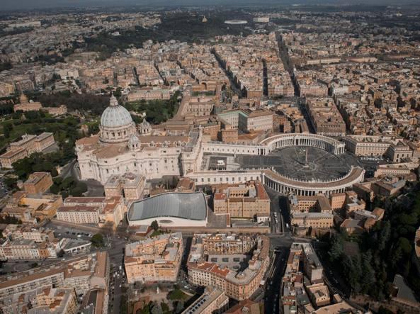 Piazza San Pietro (Imagoeconomica)