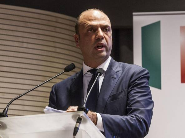 Il ministro dell'Interno Angelino Alfano (Jpeg)