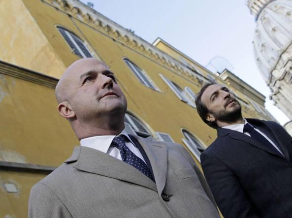 Nuzzi e Fittipaldi arrivano in Vaticano (LaPresse)