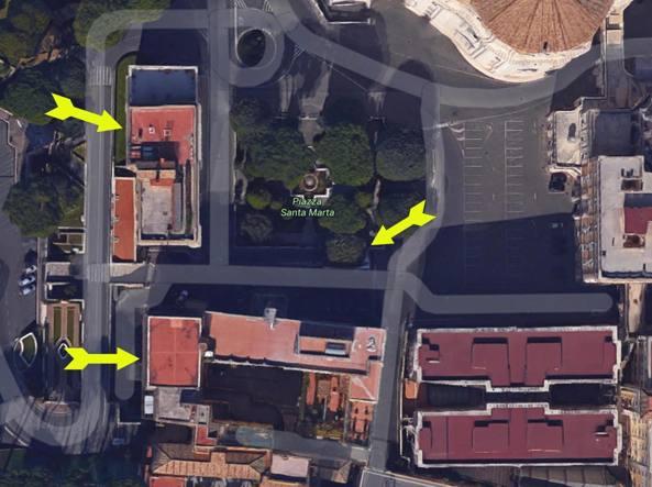 L'attico di bertone in basso a sinistra (Ansa)