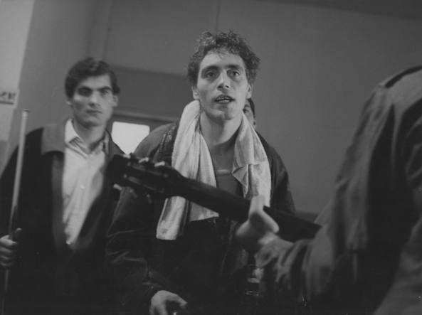Franco Citti, in primo piano, nel film �Una vita violenta�