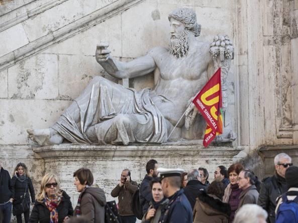 Salario accessorio, Tronca lo sospende ai dipendenti Capitolini (per gennaio)