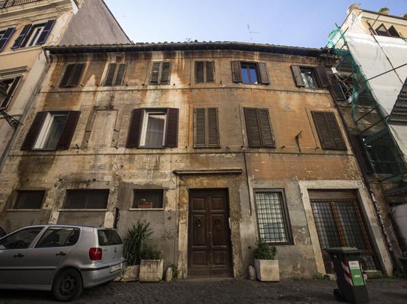 Scandalo degli affitti a roma sede del pd morosa per 170 for Affitti mezzocammino roma