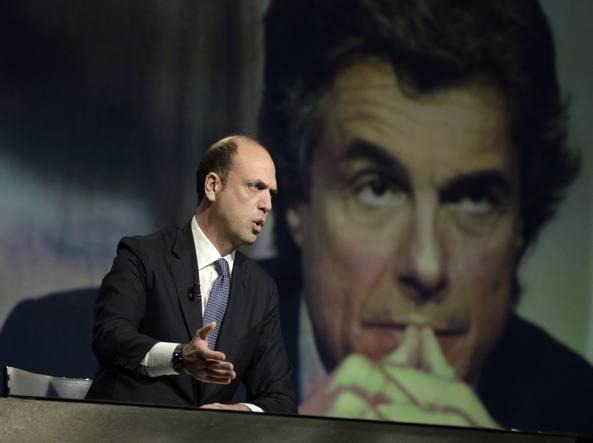 Angelino Alfano alla trasmissione «In ½ ora» (Imagoeconomica)