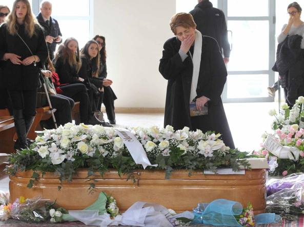 Spagna, arrivate in Italia le prime tre salme delle ragazze morte
