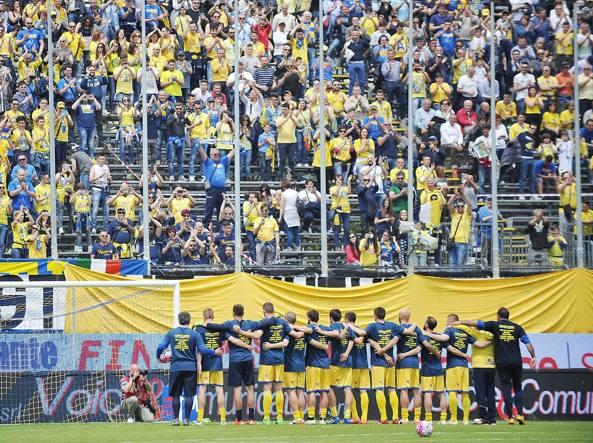 Serie A: Tonfo Carpi, Genoa super, Frosinone saluta