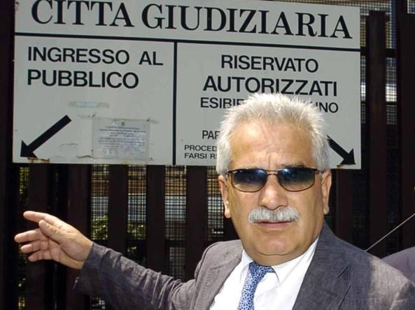 Arrestato il professor Severino Antinori