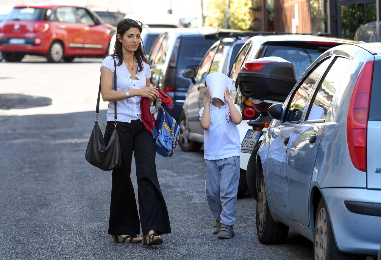 Elezioni amministrative 2016 roma applausi per virginia - Donazione immobile al figlio ...