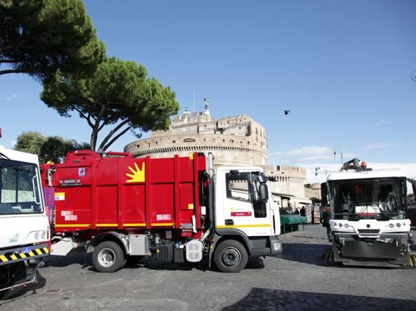 Roma, su municipalizzate Raggi seguirà il criterio del merito