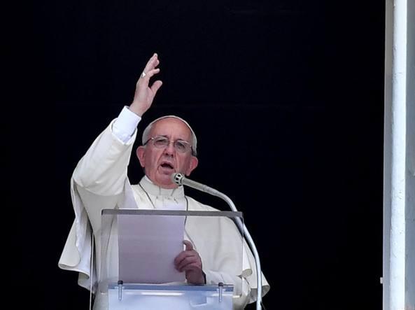 Papa Francesco: Dio è in quel migrante che volevano cacciare via