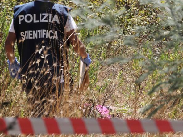 Cadavere di una donna nascosto in un terreno incolto, giallo a Settecamini