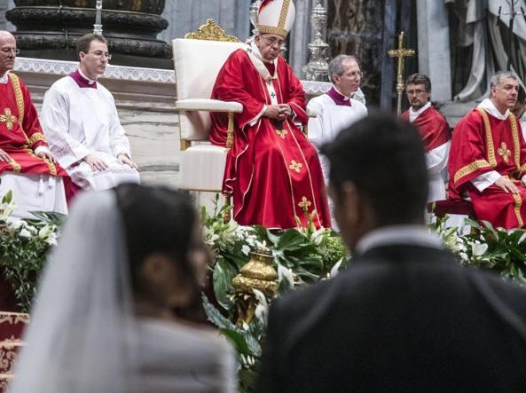 Papa Francesco crea un dicastero laici-famiglia-vita