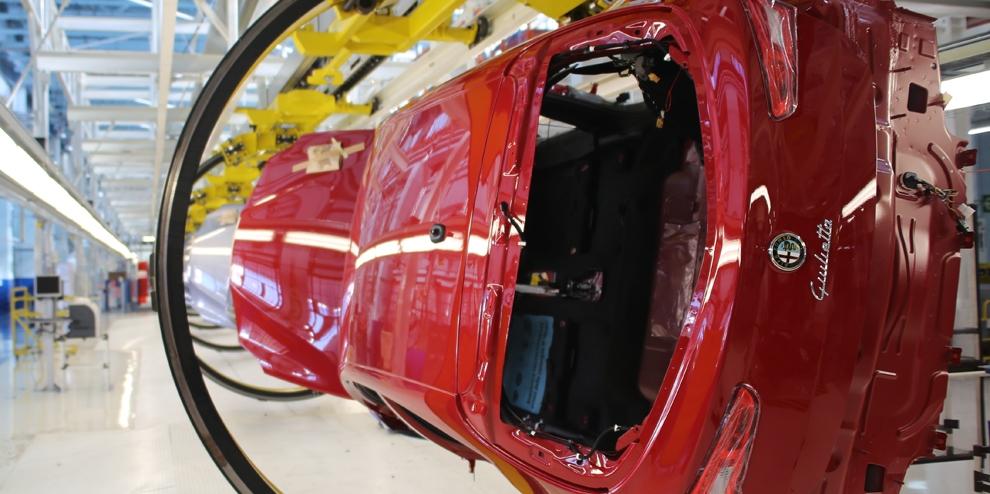 Fiat di cassino le nuove linee produttive for Interno 7 cassino