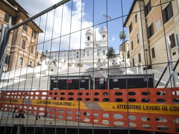Roma, Raggi inaugura scalinata Trinità dei monti