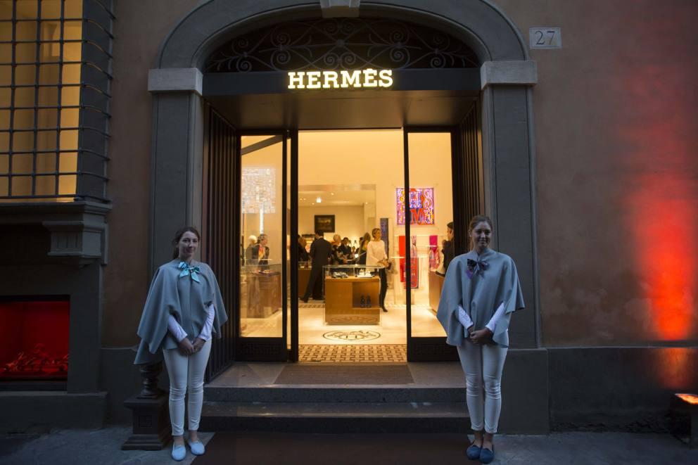 hermes e il nuovo showroom in via bocca di leone