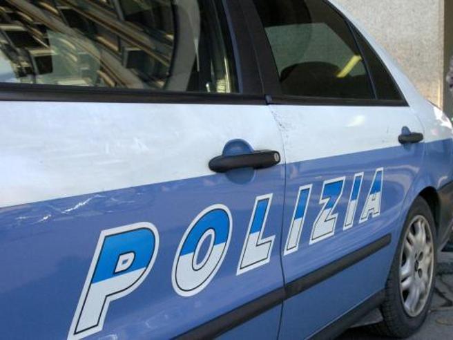 Roma, ai Parioli parcheggiatore abusivo ferisce automobilista per 2 euro