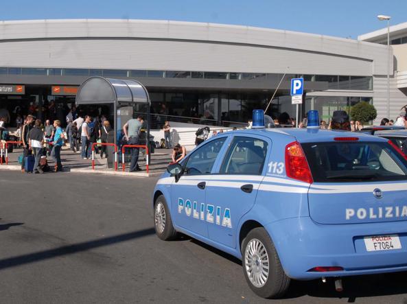 Aeroporto di Ciampino: trovata bomba a mano in un pacco, arrestato 42enne