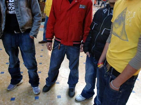 Bullismo. 14enne picchiato in metro da un gruppo di coetanei