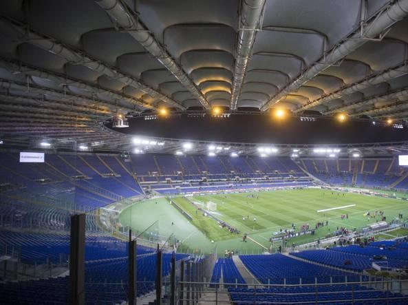 Calcio, ex prefetto Roma: è ora di togliere barriere all'Olimpico