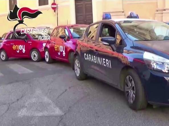 Rubavano le Fiat 500 di Enjoy: arrestati tre napoletani