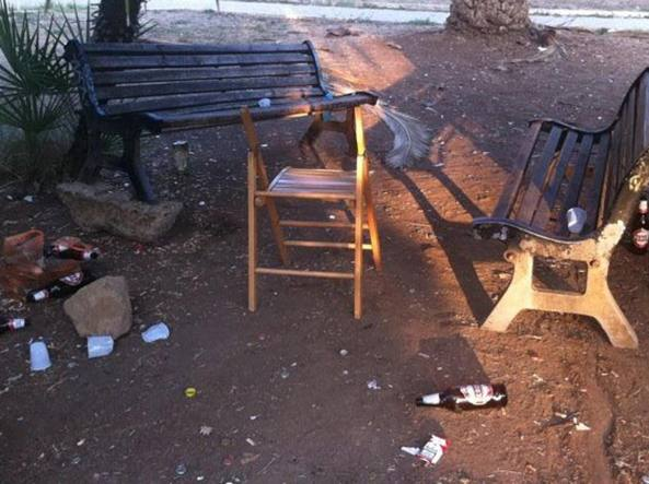 Roma, clochard trovato morto in piazza: ipotesi freddo, disposta autopsia