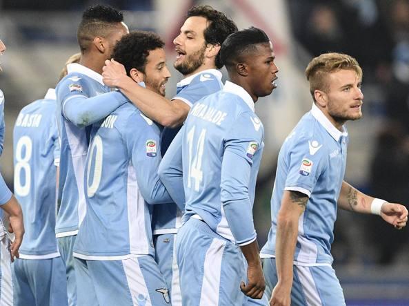 Lazio in festa dopo il 3-1 di Anderson (Lapresse)