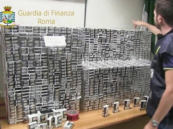 Striano, sequestrati 7.250 kg di sigarette di contrabbando. Arrestato anche…
