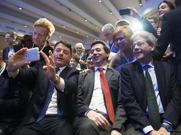 Da sinistra, Matteo Renzi, Andrea Orlando e Paolo Gentiloni