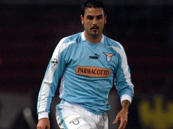 Stefano Fiore con la maglia della Lazio