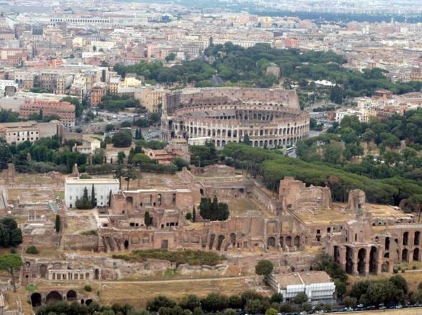 Raggi: ricorso su decreto parco Colosseo