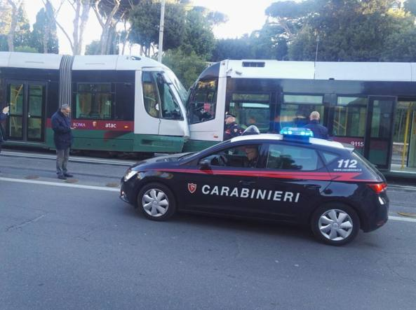 Roma, tamponamento a via Labicana tra due tram linea 3