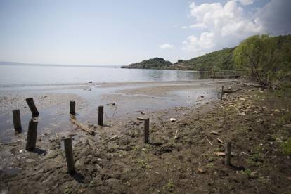 Lago di Bracciano prosciugato, la mobilitazione (forse) ne salva il futuro
