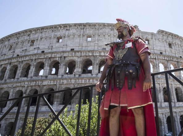 Roma, Tar sospende ordinanza su divieto delle attività dei centurioni