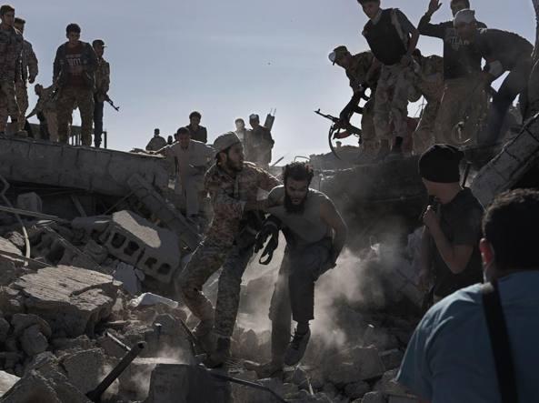 La cattura di un miliziano dell'Isis (Alessio Romenzi)
