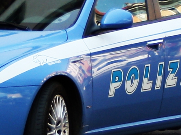 Latina, neonata venduta per 20.000 euro: tre arresti