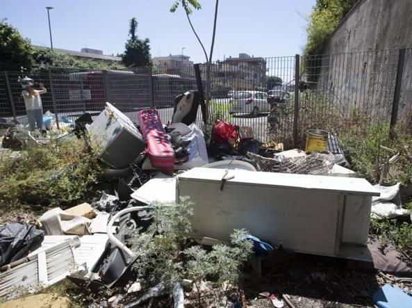 Rifiuti Roma: Di Maio, Pd pulisce ed espia suoi peccati