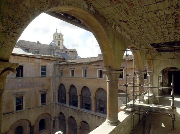 Palazzo nardini al governo vecchio una ferita da sanare in - Arredatori d interni roma ...