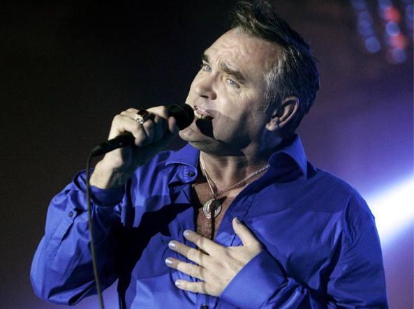Fermata auto contromano a Roma, a bordo il cantante Morrissey