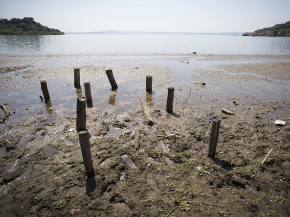 Il lago di Bracciano (LaPresse)