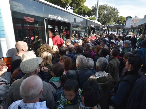 Sciopero dei mezzi pubblici a Roma (Proto)