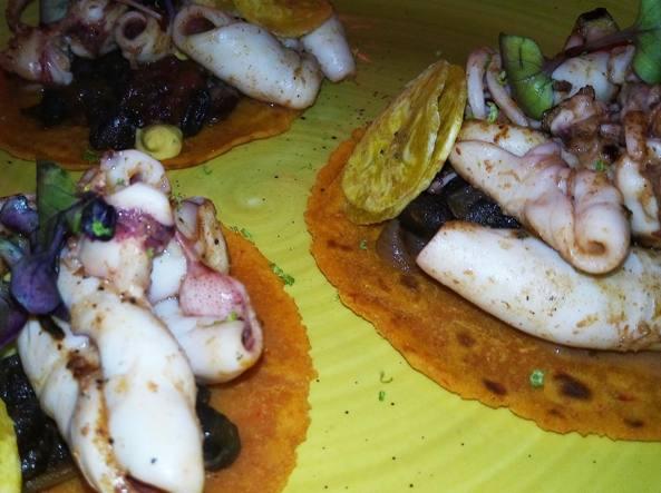 Tacos de marisco y platano (Veglianti)