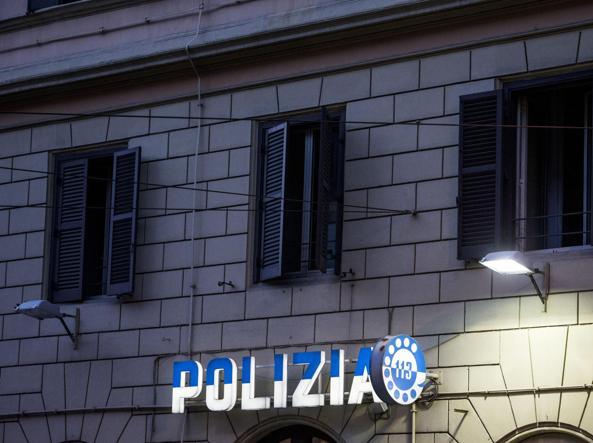 Roma, fermano mamma per fare complimenti al neonato e…tentano di rapirlo