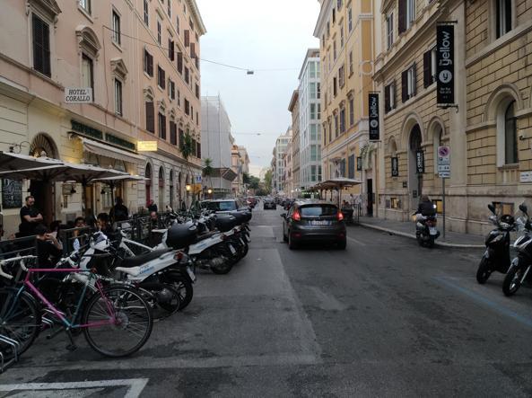 Via Palestro, a Castro Pretorio, dove la giovane è stata adescata (foto Proto)