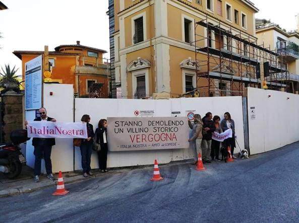 L'edificio di via Ticino 3, nel quartiere Coppedè, che sarà demolito
