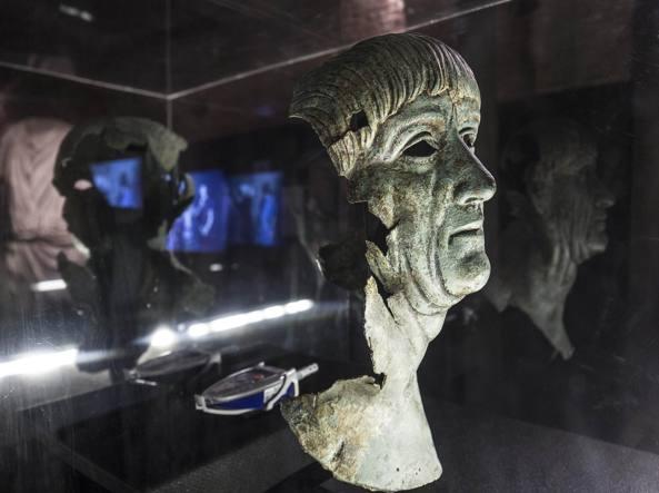 Busto di Traiano (LaPresse)