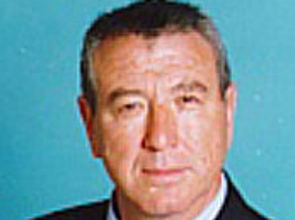Investito da un'auto, morto il senatore Stelio De Carolis
